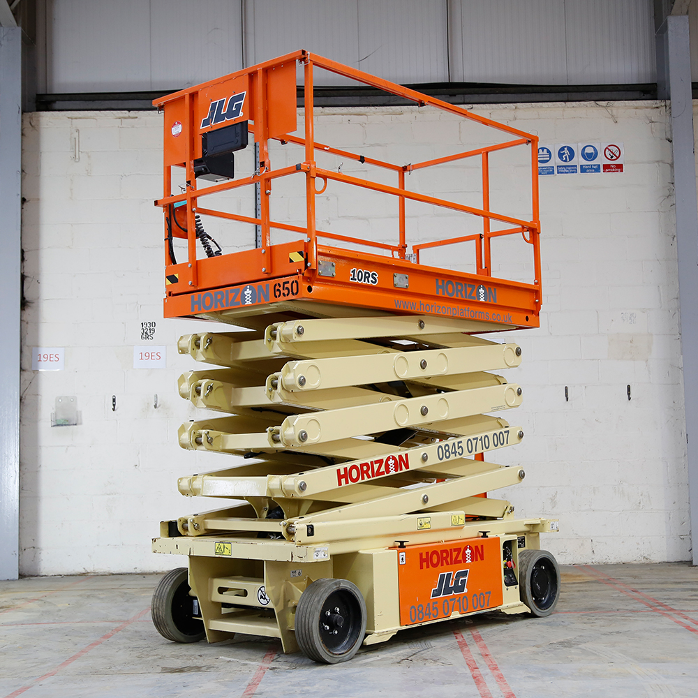 10m Battery Scissor Lift - JLG 10RS
