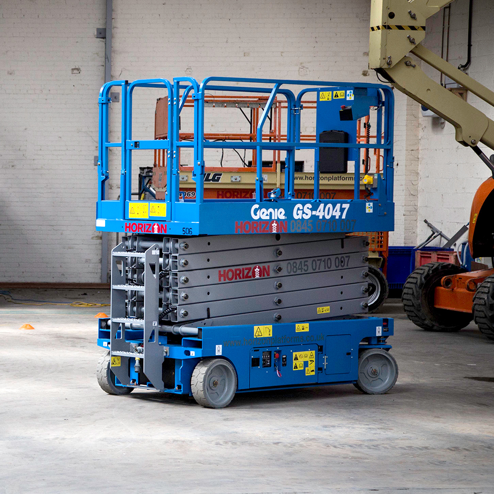 12m Battery Scissor Lift - Genie GS4047