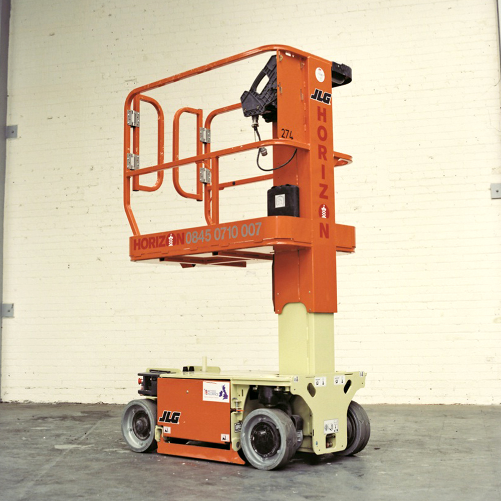 3.5m Battery Personnel Lift - JLG 1230ES