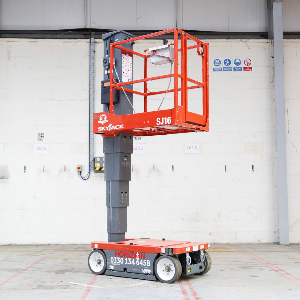 5m Battery Personnel Lift - Skyjack SJ16
