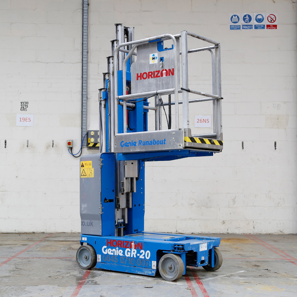 6m Battery Personnel Lift - Genie GR20
